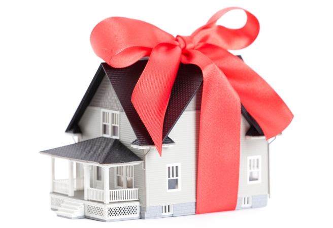 house_gift_wrapped_shutterstock_103025681